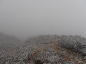 Hiking in the fog - an easy way to get lost!