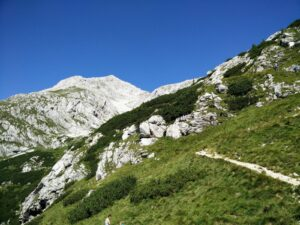 Skuta Trail – Path from the hut onwards
