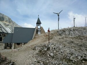 Triglav Trail – Chapel next to the mountain hut