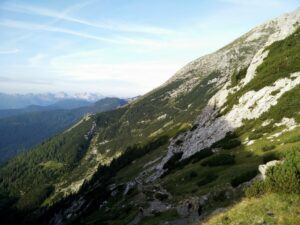 Triglav Trail - Path towards Vodnikov Dom