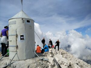 Triglav Trail – Shelter on the top