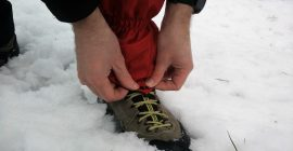 How to put on gaiters 2
