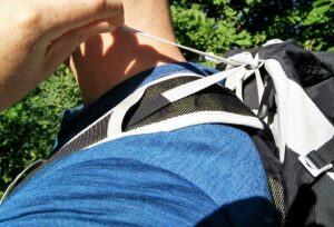 How to fit a backpack - Load straps in correct position