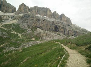 Sass Pordoi - The wide path in the beginning