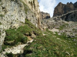 Piz Boe Trail - The path ascend rapidly towards Rifugio Forcella Pordoi