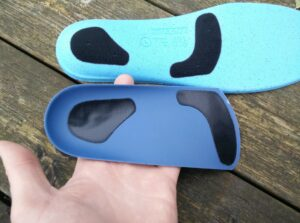 Tread Labs Pace Insole - The top cover is attached to the arch support with a Velcro-like system