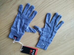 Isobaa Merino Liner Gloves Review