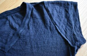 Arms of Andes Alpaca 110 T-shirt - conventional seams except at hems