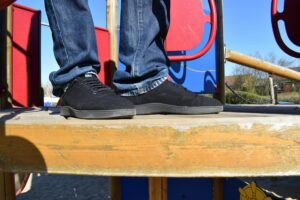 Baabuk Urban Wooler Shoes: From the side